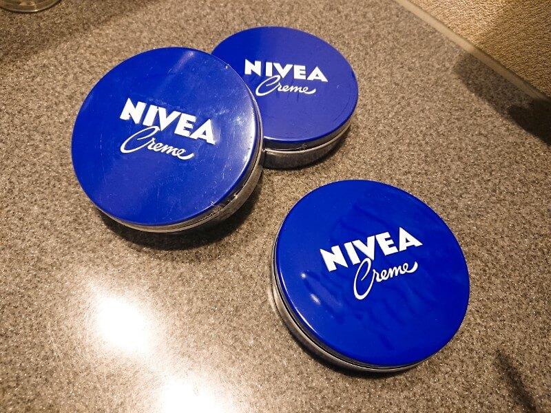 ニベアの青缶は最強